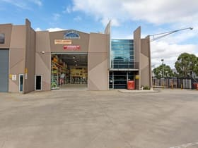 Industrial / Warehouse commercial property for sale at 306 Hume Highway Craigieburn VIC 3064