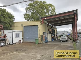 Industrial / Warehouse commercial property for sale at 33 Storie Street Clontarf QLD 4019