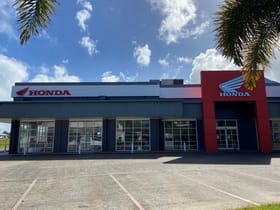 Showrooms / Bulky Goods commercial property for sale at 24-26 Grandview Drive Mount Pleasant QLD 4740