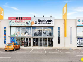 Showrooms / Bulky Goods commercial property for sale at Unit 7/22-30 Wallace Avenue Point Cook VIC 3030