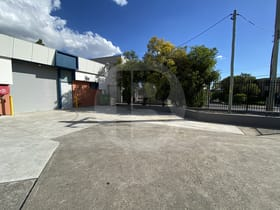 Factory, Warehouse & Industrial commercial property for sale at 1/27 ANVIL ROAD Seven Hills NSW 2147