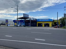 Factory, Warehouse & Industrial commercial property for sale at 84 Boat Harbour Drive Pialba QLD 4655