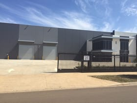 Showrooms / Bulky Goods commercial property for sale at 8 Paraweena Drive Derrimut VIC 3030