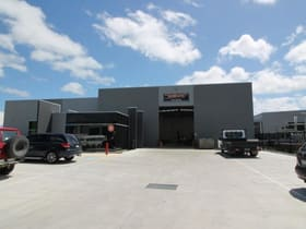 Industrial / Warehouse commercial property sold at 5 Carmart Way Pakenham VIC 3810