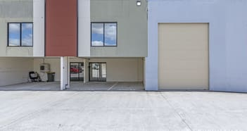 Industrial / Warehouse commercial property for sale in ORMEAU