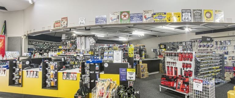 Showrooms / Bulky Goods commercial property for lease at 1/251 Ross River Road Aitkenvale QLD 4814