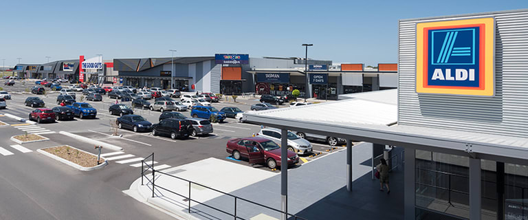 Showrooms / Bulky Goods commercial property for lease at 288 Centre Dandenong Road Moorabbin VIC 3189
