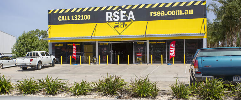 Showrooms / Bulky Goods commercial property for lease at Lot 1/71-73 Midland Highway Epsom VIC 3551