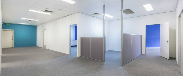 Medical / Consulting commercial property for lease at 295 Kingston Road Logan Central QLD 4114