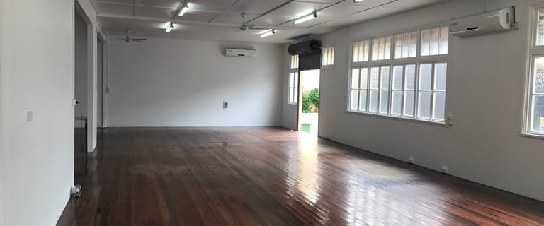 Showrooms / Bulky Goods commercial property for lease at 55 Johnston Street, Southport QLD 4215