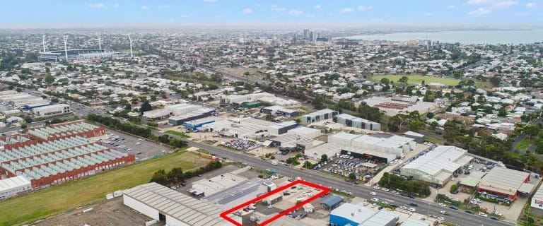 Industrial / Warehouse commercial property for lease at 166 Fyans Street South Geelong VIC 3220