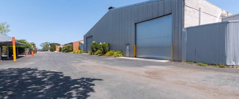 Factory, Warehouse & Industrial commercial property for lease at 36 River Road Redbank QLD 4301