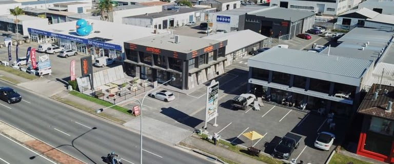 Showrooms / Bulky Goods commercial property for lease at 80 Bundall Road Bundall QLD 4217
