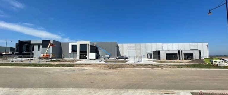 Factory, Warehouse & Industrial commercial property for lease at 1-4/35 Southeast Boulevard Pakenham VIC 3810