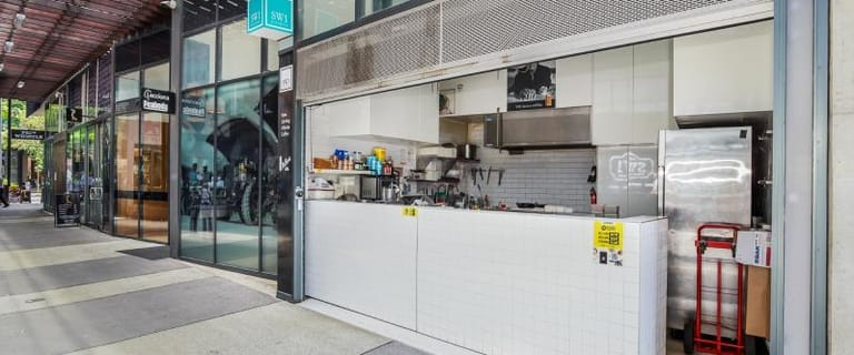 Shop & Retail commercial property for lease at 104 Melbourne Street South Brisbane QLD 4101