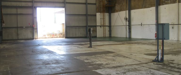 Factory, Warehouse & Industrial commercial property for lease at 123 Chisholm Crescent Kewdale WA 6105