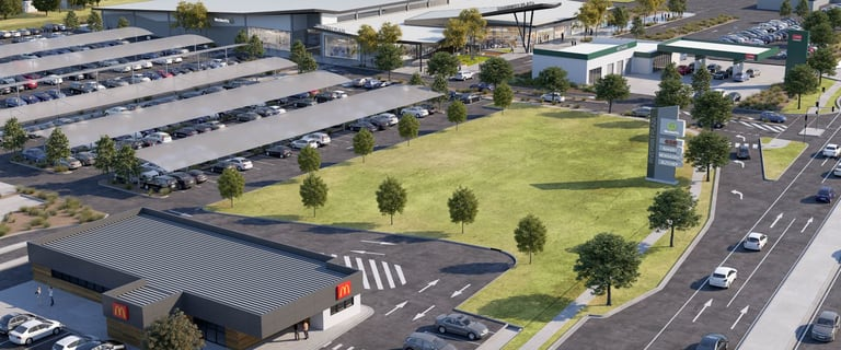Shop & Retail commercial property for lease at Riverway Drive Rasmussen QLD 4815