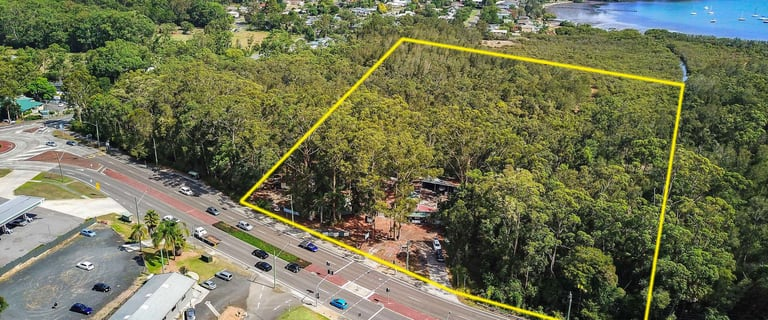 Showrooms / Bulky Goods commercial property for sale at 389 AVOCA DRIVE Green Point NSW 2251