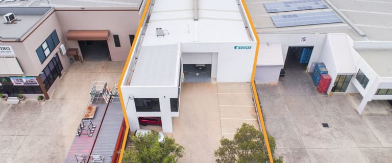 Factory, Warehouse & Industrial commercial property sold at 26 Bentley Street Wetherill Park NSW 2164