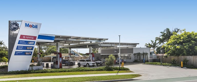 Shop & Retail commercial property for sale at 2-4 Cnr Riverway Drive & Santal Drive Rasmussen QLD 4815
