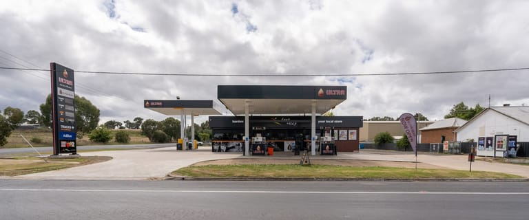 Shop & Retail commercial property for sale at 379 Burley Griffin Way (Albury Street) Harden NSW 2587