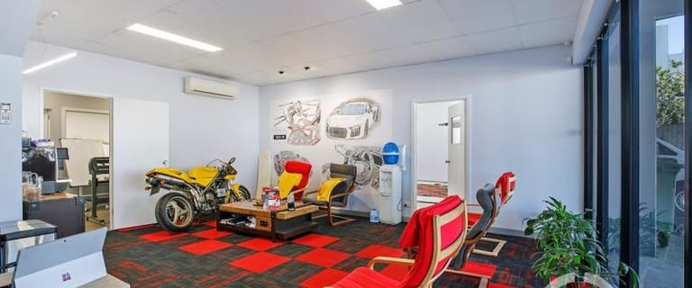 Showrooms / Bulky Goods commercial property for sale at 1/300 Cullen Avenue Eagle Farm QLD 4009