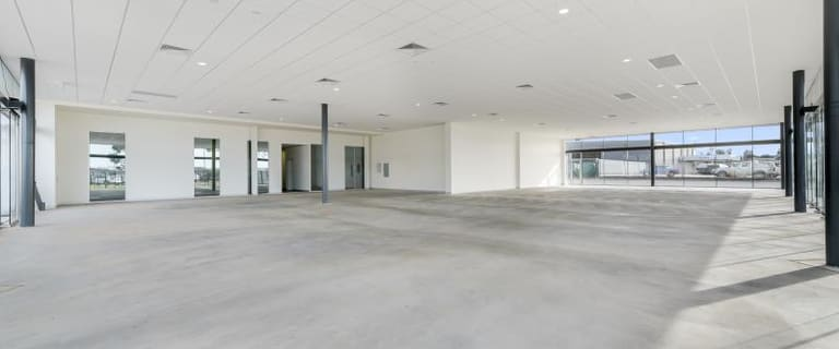Factory, Warehouse & Industrial commercial property for sale at 31 Commercial Drive Pakenham VIC 3810