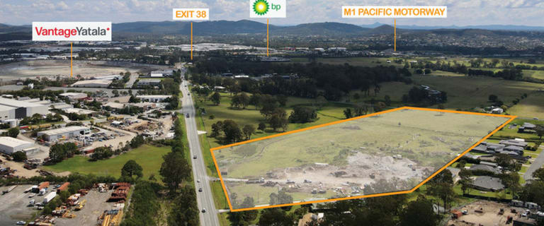 Showrooms / Bulky Goods commercial property for sale at 157 Stapylton Jacobs Well Road Stapylton QLD 4207