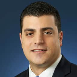 Beau Ferrari Executive Vice President Of Operations Univision Networks Univision Communications Crunchbase Person Profile