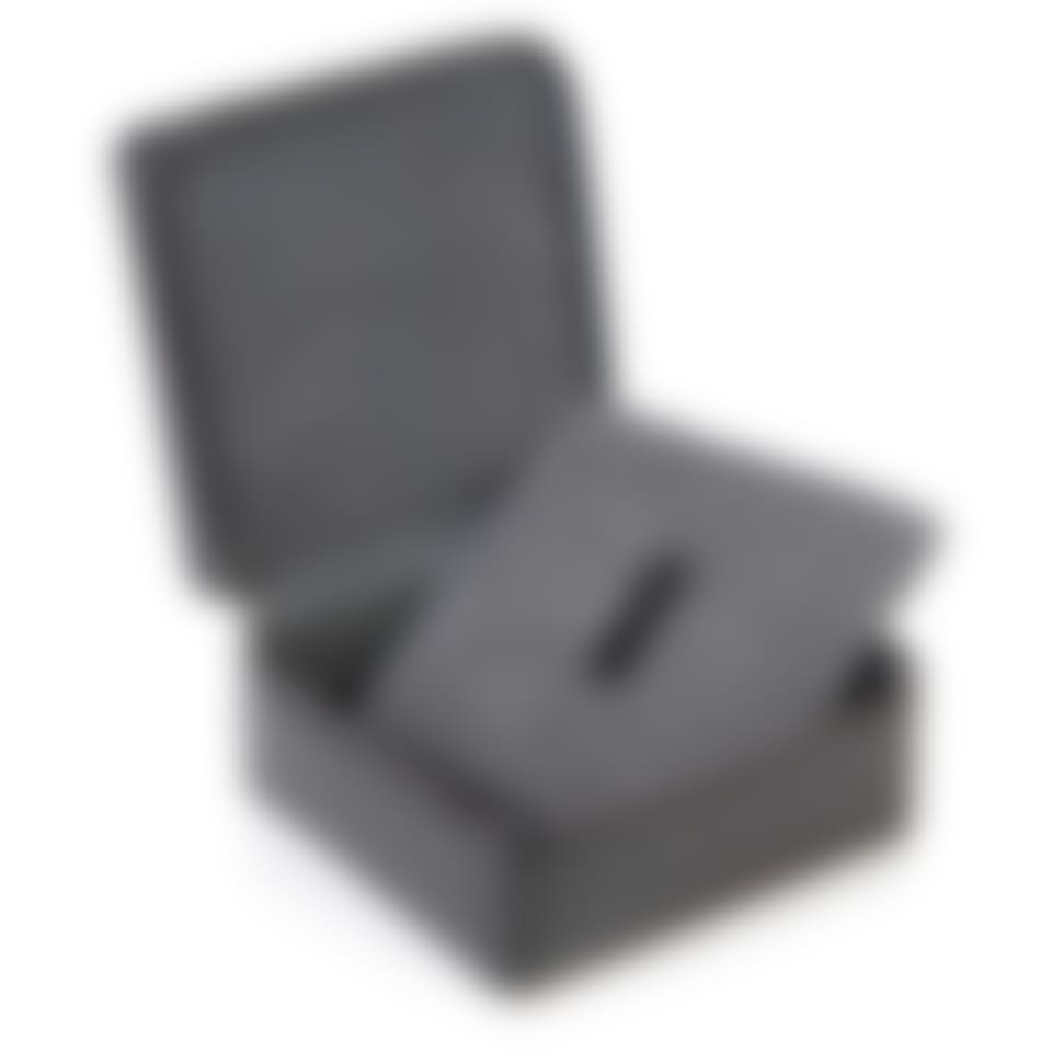 Richmond leather zip around jewellery box with pad