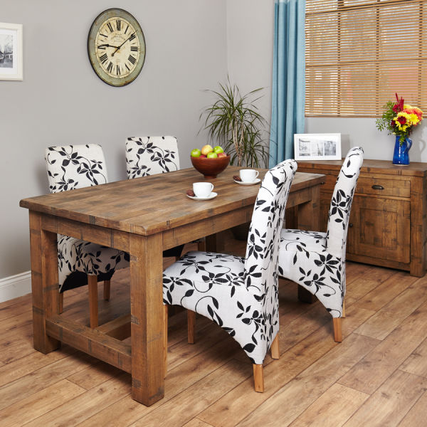 Heyford Oak 4 seater dining table and 4 flock chairs