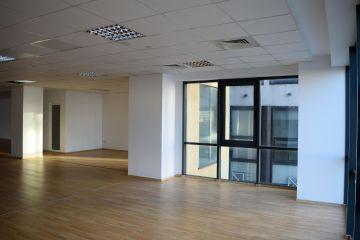 Spatii birouri etaje 1 & 2