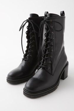LACE UP CHUNK BOOTS