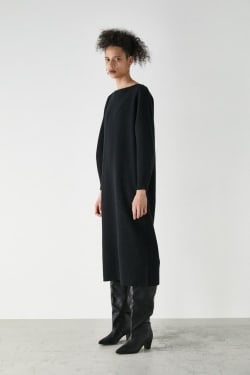 BOATNECK KNIT DRESS