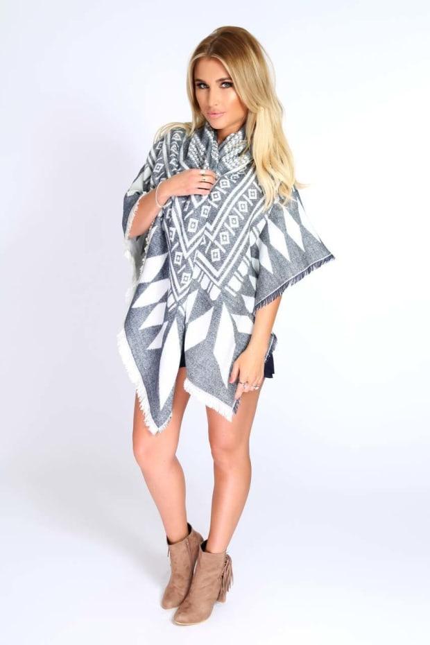 Billie Faiers Blue & White Reversible Aztec Wrap