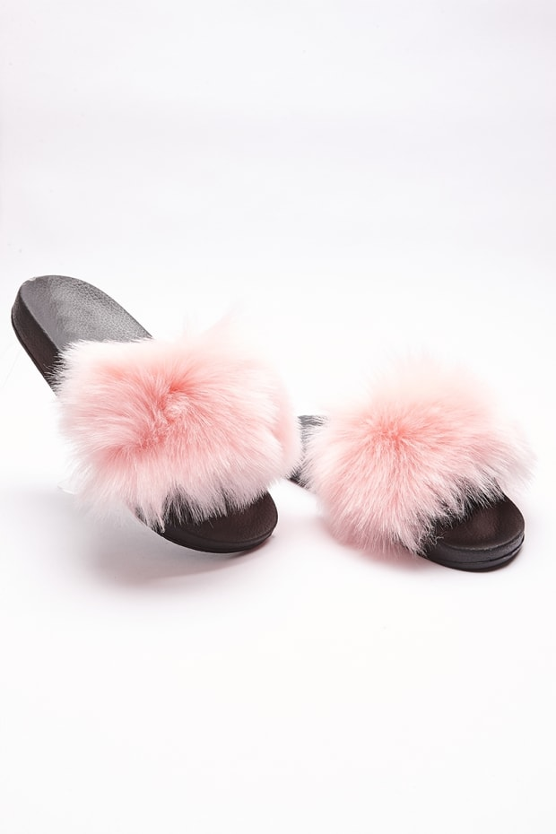 SADAH PALE PINK FLUFFY SLIDERS