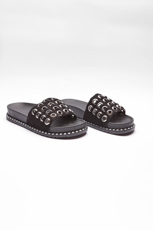ZALEEKA BLACK RING DETAIL SLIDERS