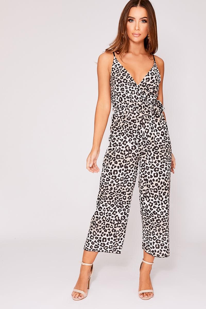 0587c988be2 Eada Tan Leopard Print Plunge Culotte Jumpsuit