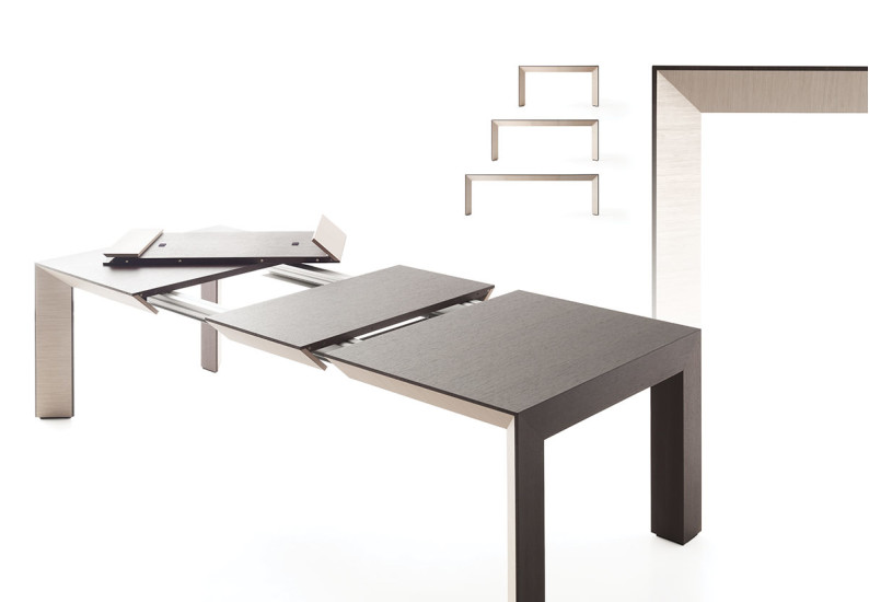 Perspectiva: Extendible table in different finishings