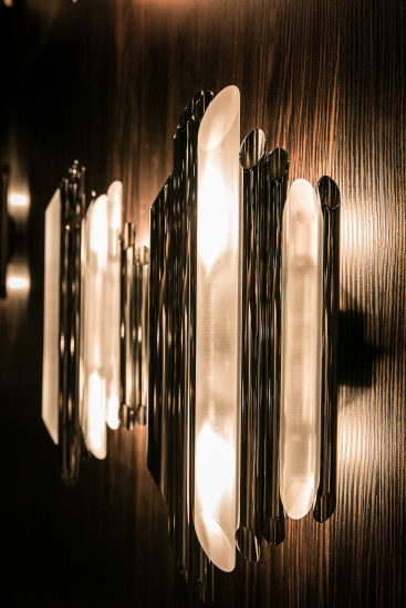 Bach AP: Wall lamp in different sizes and finishings
