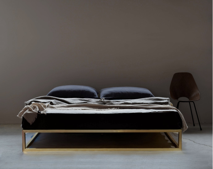 Ashabrass Basic: Bed available in different sizes and colours
