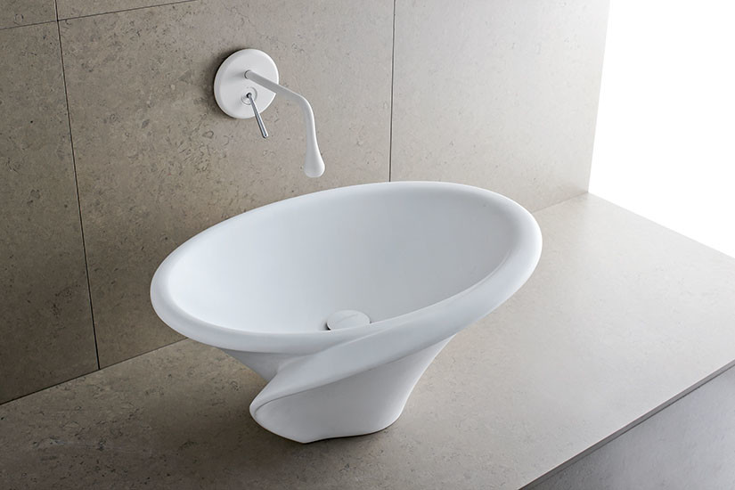 Kalla Short: Countertop washbasin in Cristalplant®