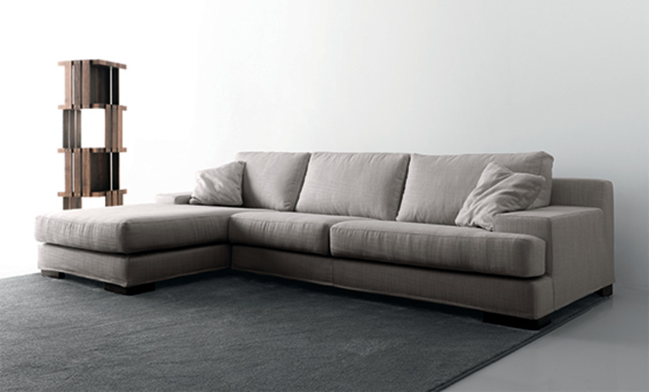 Armonia: Sofa with peninsula 307 cm x 245 cm
