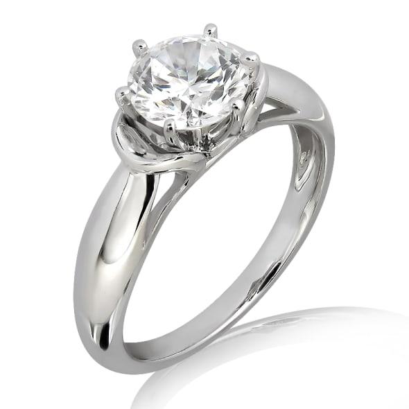 แหวนทอง 18K ประดับเพชร น้ำหนักรวม 0.50 กะรัต ค่าสี D ค่าความสะอาด VVS1 EX/EX/EX เพชรมาพร้อมใบรับรองจากสถาบัน GIA