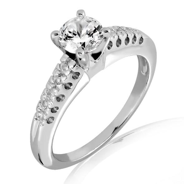 แหวนทอง 18K ประดับเพชร น้ำหนักรวม 0.40 กะรัต ค่าสี E ค่าความสะอาด VS2 เพชรมาพร้อมใบรับรองจาก GIA