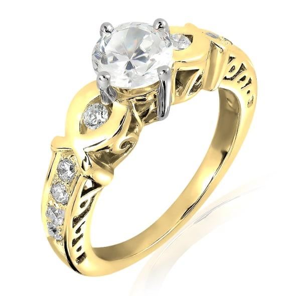 แหวนทอง 18K ประดับเพชร น้ำหนักรวม 0.58 กะรัต ค่าสี G ค่าความสะอาด VS