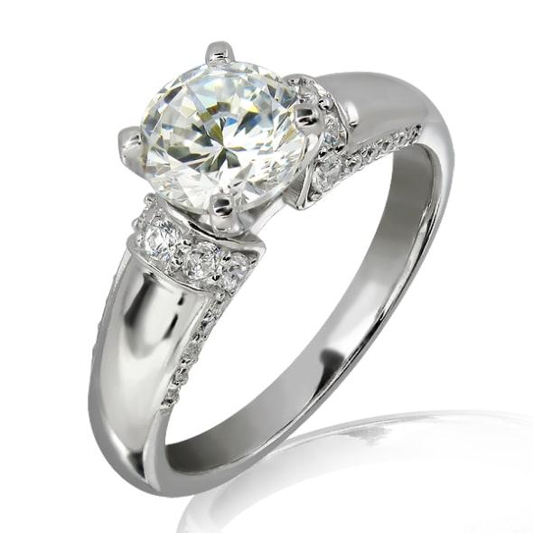 แหวนทอง 18K ประดับเพชร น้ำหนักรวม 0.80 กะรัต ค่าสี E ค่าความสะอาด VS1 EX/EX/EX เพชรมาพร้อมใบรับรองจาก GIA