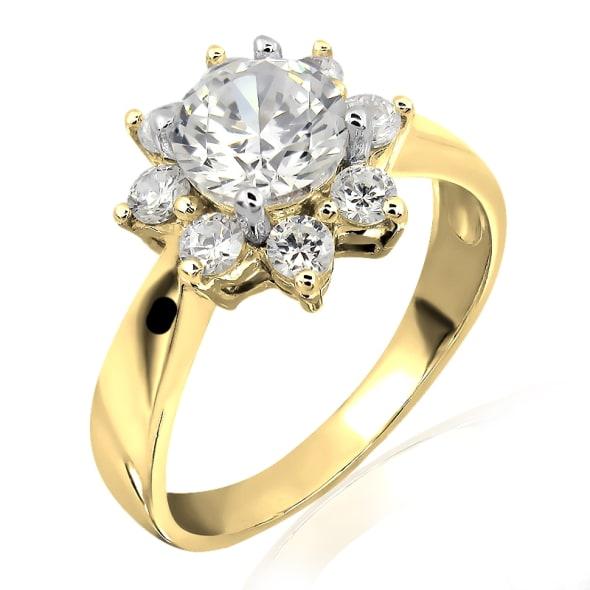 แหวนทอง 18K ประดับเพชร น้ำหนักรวม 0.80 กะรัต ค่าสี E ค่าความสะอาด VS2 เพชรมาพร้อมใบรับรองจาก GIA