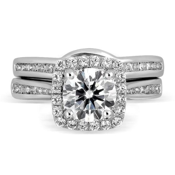 แหวนทอง 18K ประดับเพชร น้ำหนักรวม 1.03 กะรัต ค่าสี D ค่าความสะอาด VVS1 EX/EX/EX เพชรมาพร้อมใบรับรองจากสถาบัน GIA และแหวนเพชร Matching Band