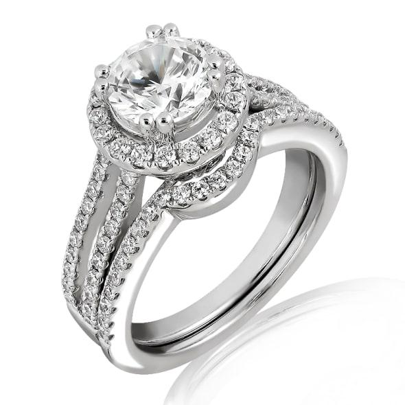 แหวนทอง 18K ประดับเพชร น้ำหนักรวม 1.12 กะรัต ค่าสี D ค่าความสะอาด VVS1 EX/EX/EX เพชรมาพร้อมใบรับรองจากสถาบัน GIA และแหวนเพชร Matching Band
